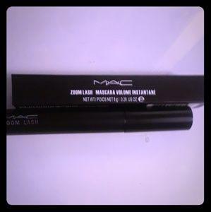 MAC ZoomLash Zoomblack Mascara